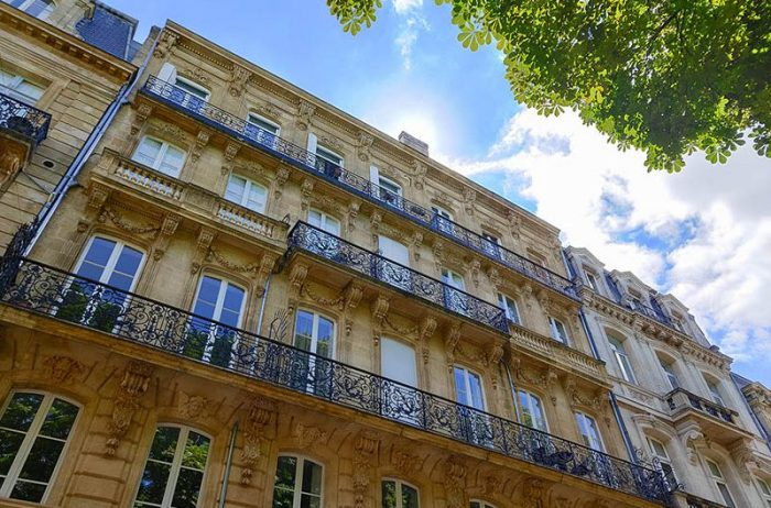 Architecture Bordeaux french linguistic stay