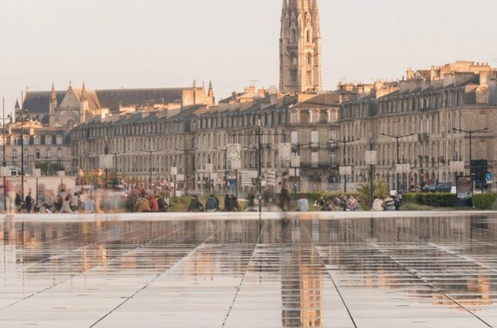 Bordeaux tour french linguistic stay