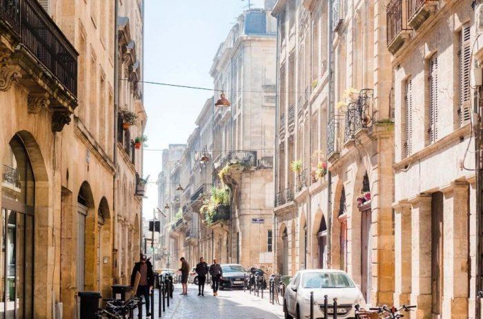 Bordeaux visit linguistic stay
